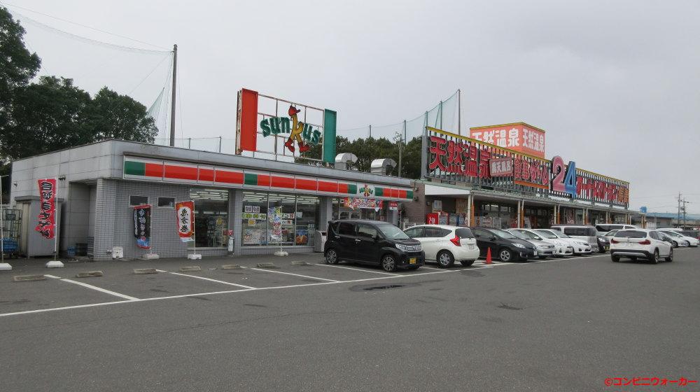 サンクス長島店とオートレストラン長島
