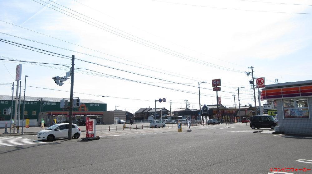 サークルK岐阜南うずら店の向かい側にあるサークルK岐阜南うずら五丁目店