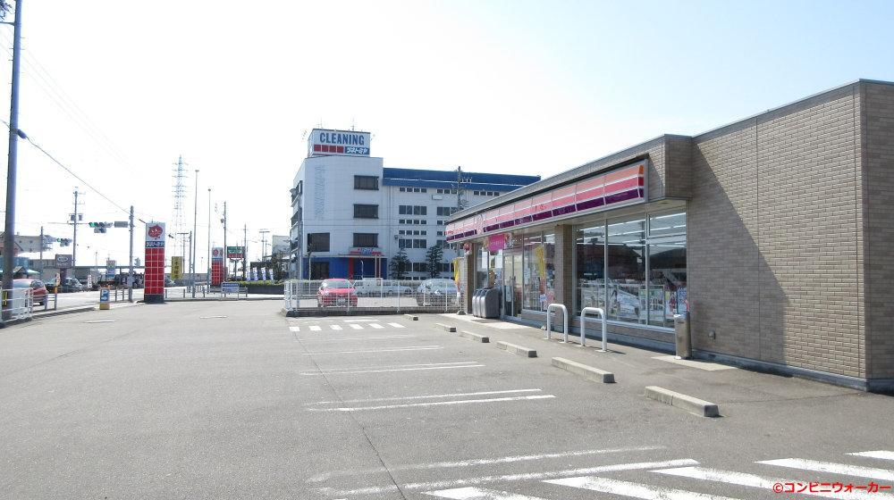 サークルK柳津丸野店とツネトミヤ(クリーニング会社)