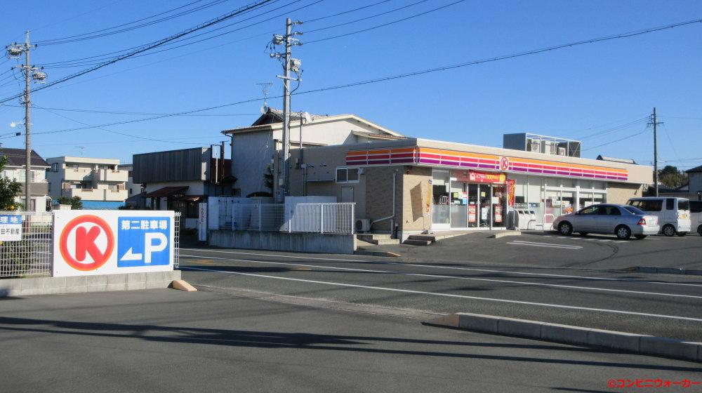 サークルK浜松宇布見店 第2駐車場から店舗方向