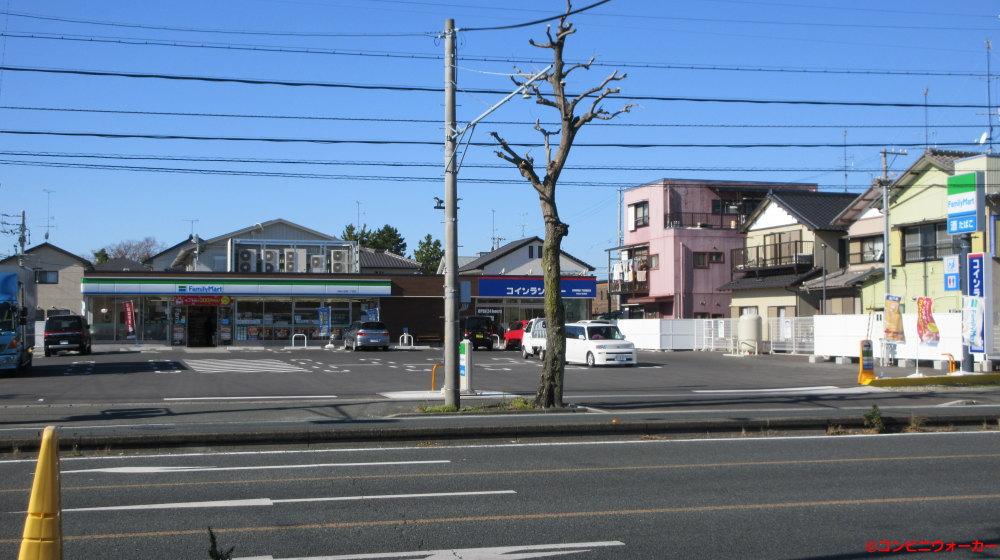 サークルK浜松小豆餅店 向かい側のコインランドリー併設のファミリーマート浜松小豆餅二丁目店