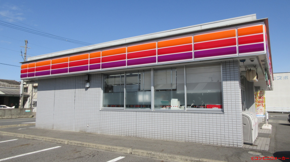 サークルK亀崎南店 店舗横
