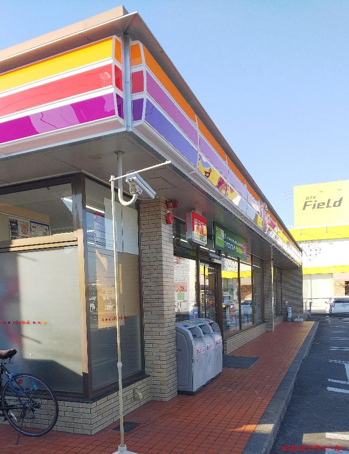 サークルK中島新町三丁目店 セブンイレブンタイプの外観(窓配置、窓枠、床タイル)