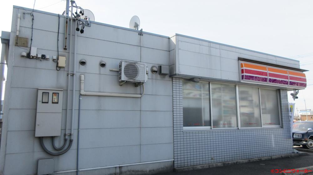 サークルK篠原橋店 店舗横側(サンクス仕様の窓)
