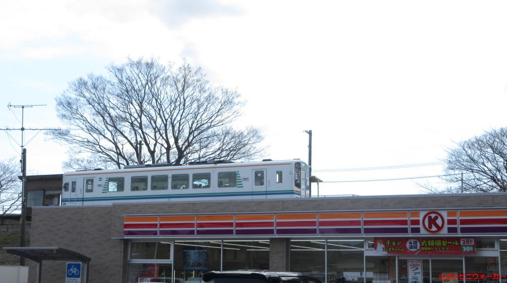 サークルK掛川鳥居町店と天竜浜名湖鉄道